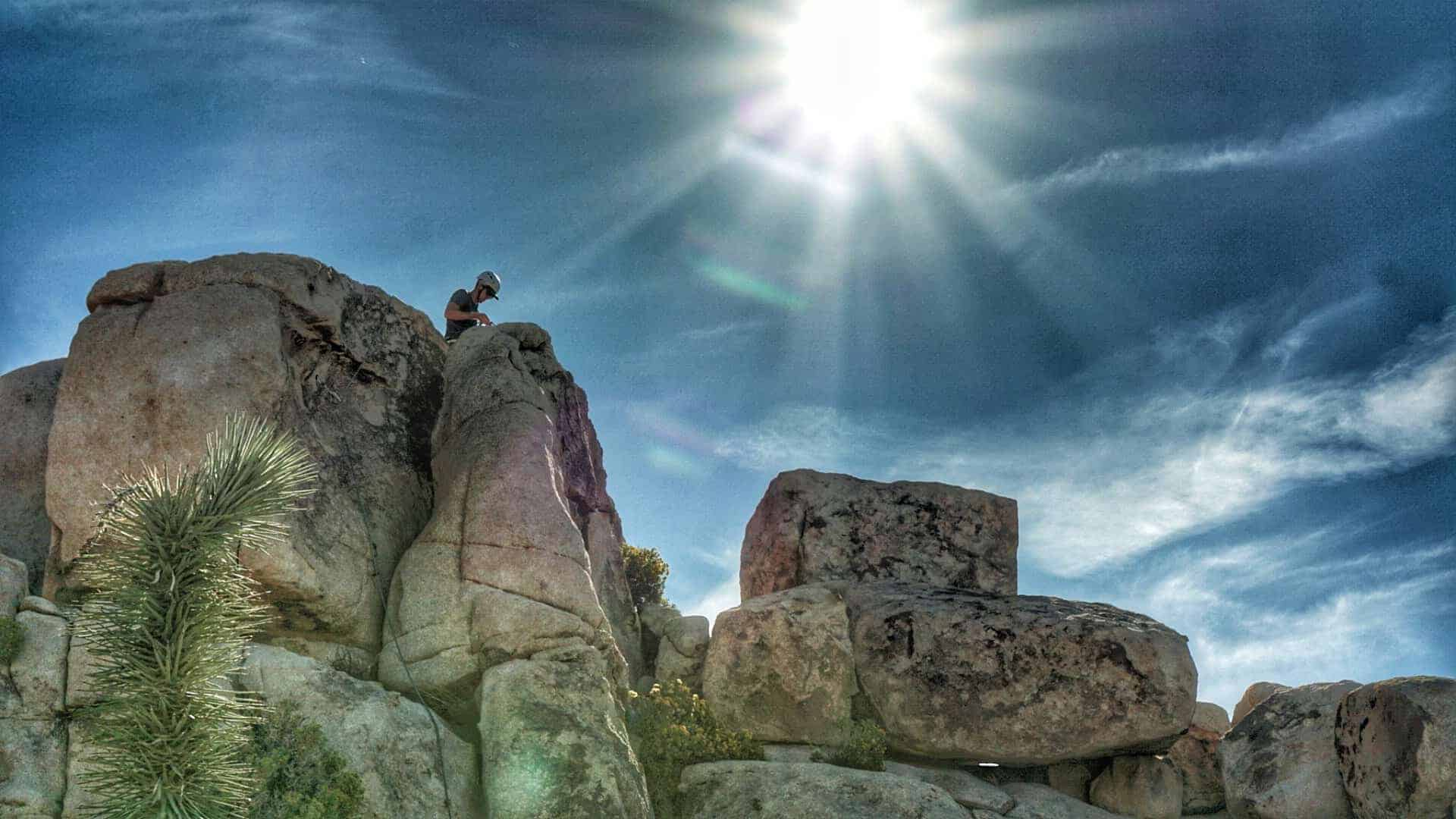 Best-Beginner-Climbs-in-Joshua-Tree-10