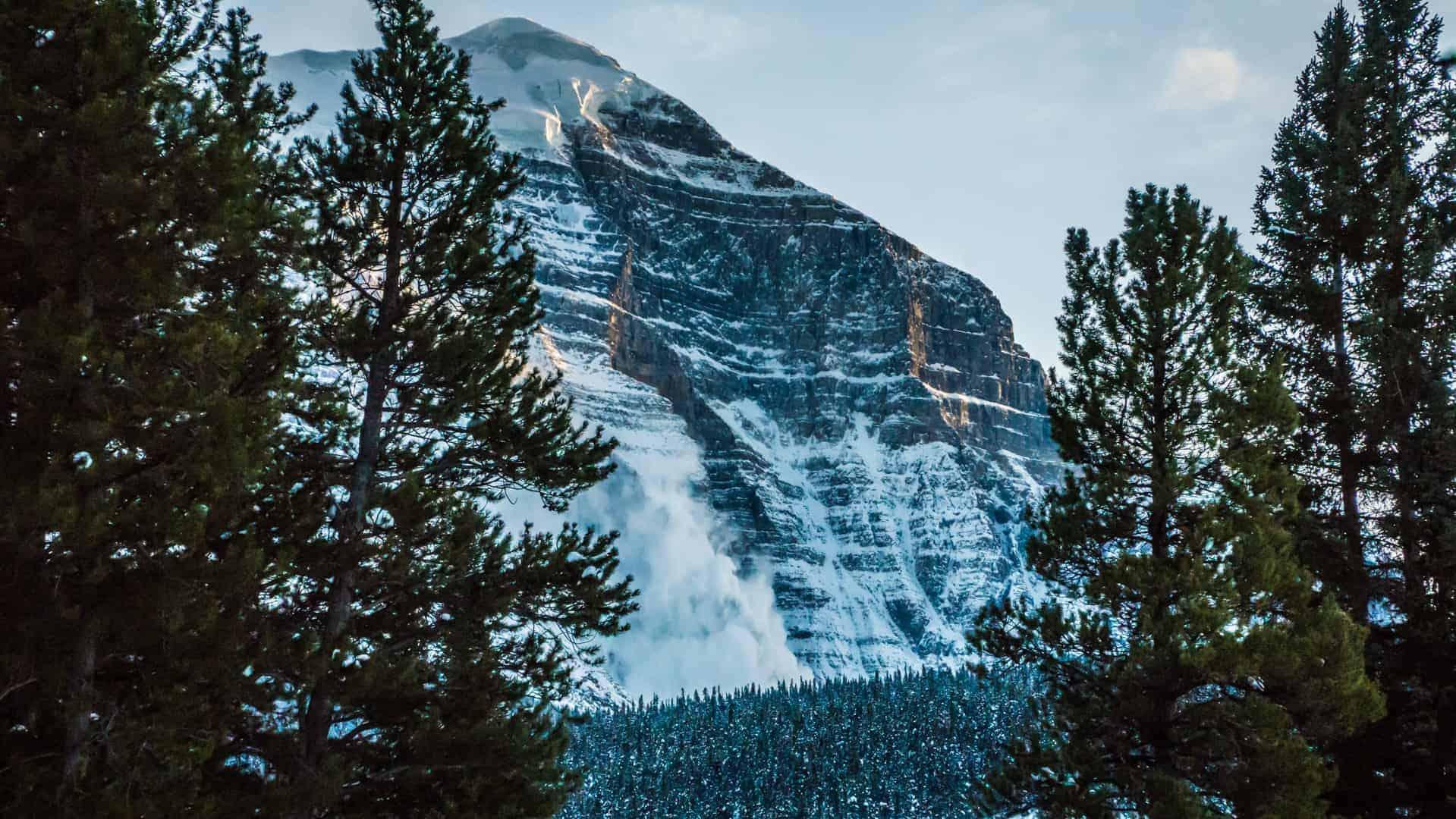 Lake-Louise-Alberta-3